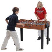 Capetan® Kick10 Junior asztalifoci asztal átmenő rudazattal csocsóasztal gyermekeknek háromszög formájú fix lábbal